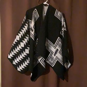 Old Navy women's reversible poncho